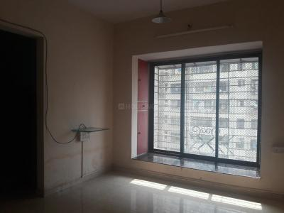 Gallery Cover Image of 600 Sq.ft 1 BHK Apartment for rent in RNA NG Suncity Phase III, Kandivali East for 20500
