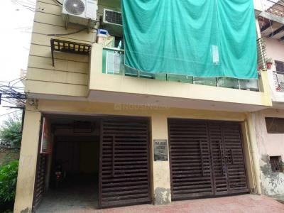 Gallery Cover Image of 800 Sq.ft 2 BHK Independent Floor for buy in Sector 21D for 1999999
