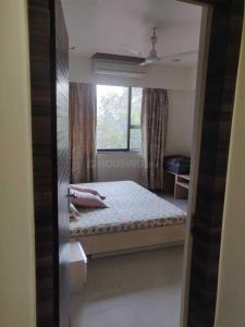 Gallery Cover Image of 695 Sq.ft 2 BHK Apartment for rent in Vile Parle West for 60000