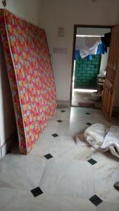 Gallery Cover Image of 750 Sq.ft 2 BHK Independent House for rent in Keshtopur for 7500