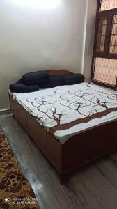Gallery Cover Image of 1250 Sq.ft 3 BHK Apartment for rent in Balaji Apartment, Rajendra Nagar for 15000