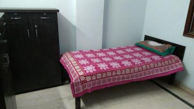 Gallery Cover Image of 1100 Sq.ft 3 BHK Apartment for rent in Mehrauli for 5000