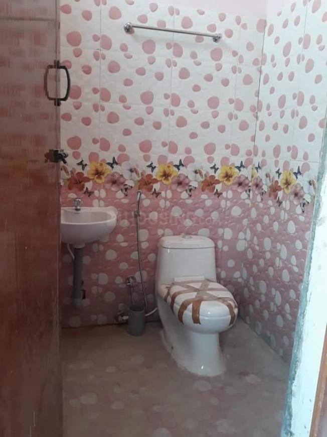 Common Bathroom Image of 830 Sq.ft 2 BHK Independent House for buy in Kovilpalayam for 2900000