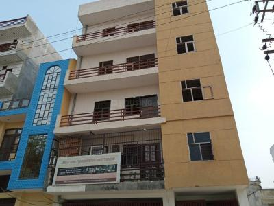 Gallery Cover Image of 1000 Sq.ft 2 BHK Independent Floor for buy in Neb Sarai for 3500000