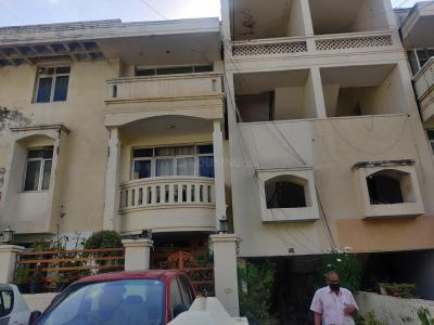Gallery Cover Image of 2000 Sq.ft 3 BHK Independent Floor for buy in Ansal Florence Residency, Sector 57 for 7900000