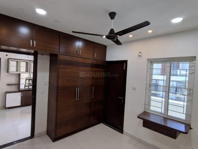 Gallery Cover Image of 1270 Sq.ft 2 BHK Apartment for rent in Kokapet for 30000