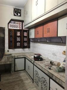 Gallery Cover Image of 1400 Sq.ft 2 BHK Independent Floor for rent in Sector 49 for 13000