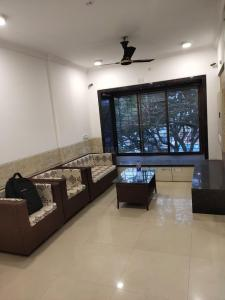 Gallery Cover Image of 1000 Sq.ft 2 BHK Apartment for rent in Haware Indraprastha Regency, Goregaon West for 48000