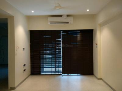 Gallery Cover Image of 850 Sq.ft 2 BHK Apartment for rent in Bandra East for 90000
