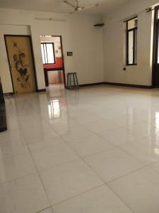 Gallery Cover Image of 2000 Sq.ft 3 BHK Apartment for buy in Seawoods for 20000000