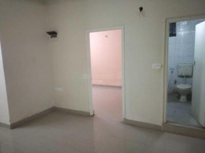 Gallery Cover Image of 1480 Sq.ft 3 BHK Apartment for rent in Sri Sai Paradise, Kadugodi for 17000