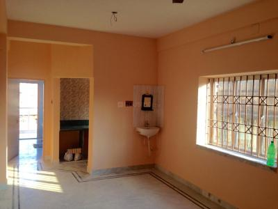 Gallery Cover Image of 814 Sq.ft 2 BHK Apartment for rent in Dum Dum for 9000