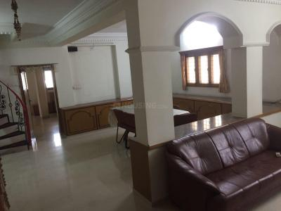 Gallery Cover Image of 2000 Sq.ft 3 BHK Apartment for buy in Navrangpura for 10500000