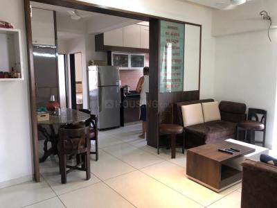 Gallery Cover Image of 1650 Sq.ft 3 BHK Apartment for buy in Swara Sevakunj Parisar, Paldi for 11000000