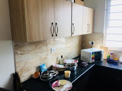 थोरैपक्कम में ज़ोलो मंडारिन में किचन की तस्वीर
