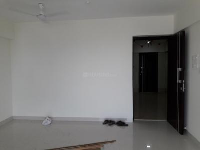 Gallery Cover Image of 850 Sq.ft 2 BHK Apartment for buy in Andheri West for 24000000