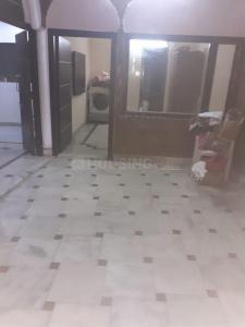 Gallery Cover Image of 450 Sq.ft 1 BHK Independent Floor for rent in Mansarover Garden for 10000