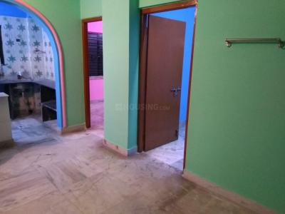 Gallery Cover Image of 700 Sq.ft 2 BHK Apartment for rent in Paschim Putiary for 7200