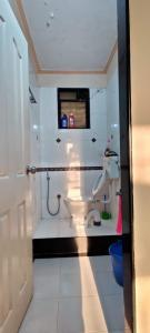 Bathroom Image of 1100 Sq.ft 2 BHK Apartment for buy in Mahavir Sadhana CHS, Sanpada for 19500000