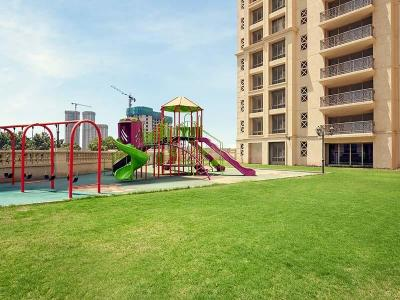 Gallery Cover Image of 1945 Sq.ft 3 BHK Apartment for rent in Hiranandani Estate for 50000