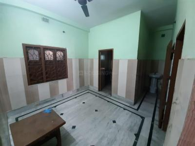 Gallery Cover Image of 700 Sq.ft 2 BHK Independent House for rent in Dum Dum for 9000