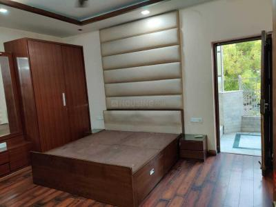 Gallery Cover Image of 1800 Sq.ft 3 BHK Apartment for rent in Punjabi Bagh for 48000
