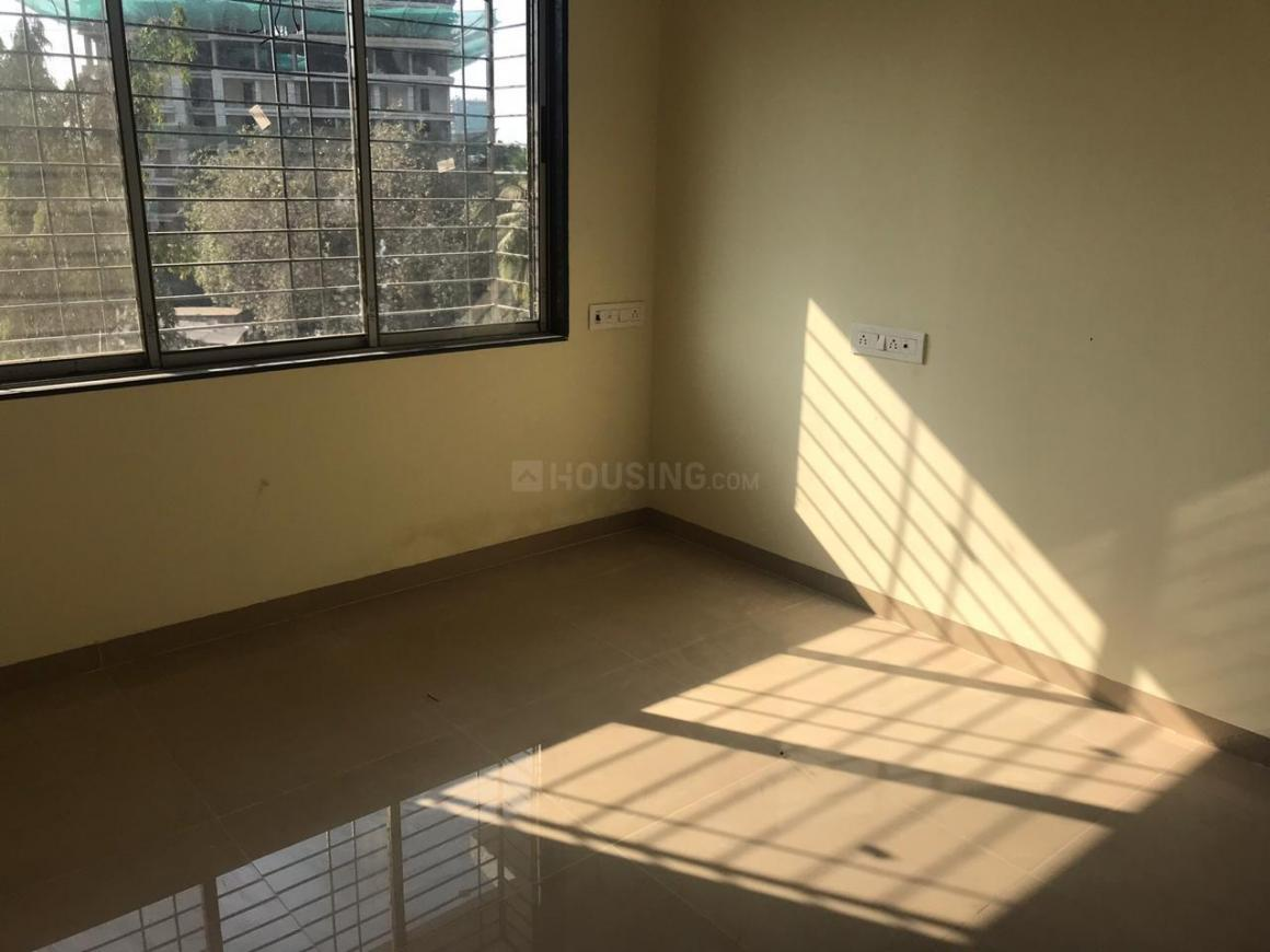 Bedroom Image of 733 Sq.ft 3 BHK Apartment for buy in Borivali East for 17000000