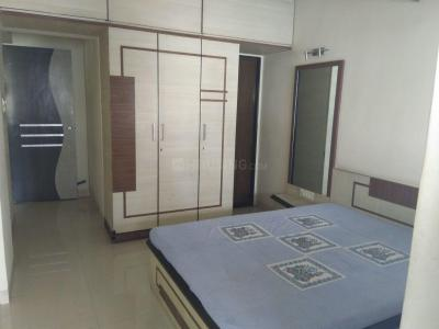 Gallery Cover Image of 1250 Sq.ft 2 BHK Apartment for rent in Kharadi for 21000