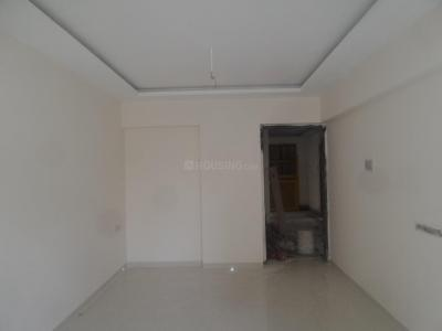 Gallery Cover Image of 650 Sq.ft 1 BHK Apartment for buy in Malad West for 9500000