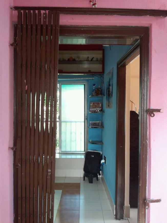 Main Entrance Image of 650 Sq.ft 2 BHK Independent Floor for buy in Garia for 2700000