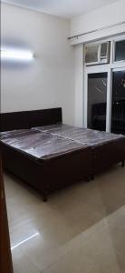 सेक्टर 62 में सुपर अक्कोमोड़ेशन्स के बेडरूम की तस्वीर