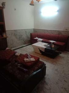 Gallery Cover Image of 1000 Sq.ft 2 BHK Independent Floor for rent in Malviya Nagar for 26000