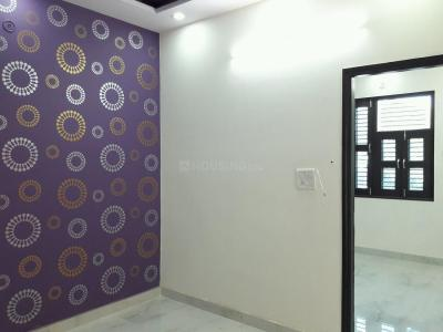 Gallery Cover Image of 540 Sq.ft 2 BHK Apartment for buy in Uttam Nagar for 2800000
