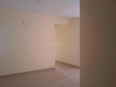 Gallery Cover Image of 825 Sq.ft 2 BHK Apartment for buy in Madhanandapuram for 4290000