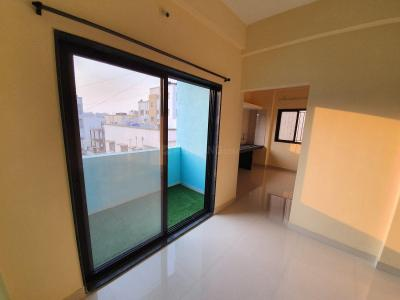 Gallery Cover Image of 450 Sq.ft 1 BHK Apartment for rent in Manjari Budruk for 8000