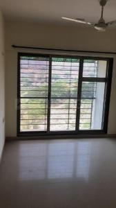 Gallery Cover Image of 1060 Sq.ft 2 BHK Apartment for rent in Kandivali East for 28000