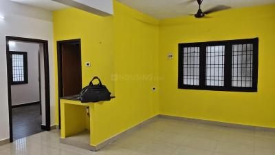 Gallery Cover Image of 1250 Sq.ft 2 BHK Apartment for rent in Velachery for 18500