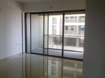 Gallery Cover Image of 2781 Sq.ft 3 BHK Apartment for rent in Satellite for 32000