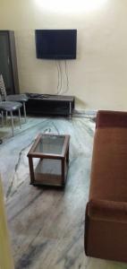 Gallery Cover Image of 850 Sq.ft 2 BHK Independent House for rent in Picnic Garden for 9000