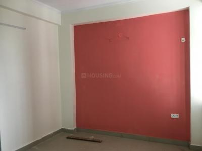Gallery Cover Image of 1200 Sq.ft 3 BHK Apartment for buy in R Zone Appartment, sector 73 for 3000000