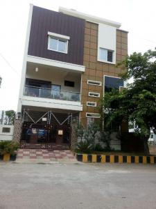 Gallery Cover Image of 700 Sq.ft 1 BHK Independent House for rent in Puppalaguda for 14000