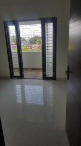 Gallery Cover Image of 1075 Sq.ft 3 BHK Apartment for buy in Madambakkam for 5700000