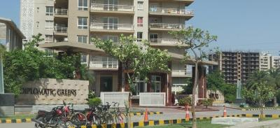 Gallery Cover Image of 2200 Sq.ft 3 BHK Apartment for buy in Puri Diplomatic Greens, Sector 110A for 17500000
