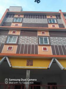 Gallery Cover Image of 1100 Sq.ft 3 BHK Independent House for rent in Mugalivakkam for 16000