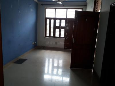 Gallery Cover Image of 800 Sq.ft 1 BHK Independent Floor for rent in DLF Phase 1 for 18000