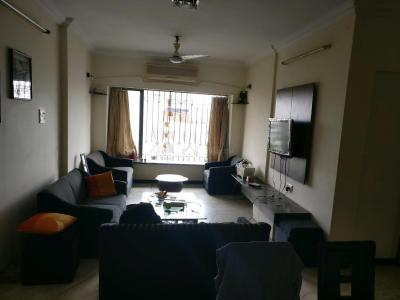 Gallery Cover Image of 1200 Sq.ft 2 BHK Apartment for rent in Bandra West for 85000