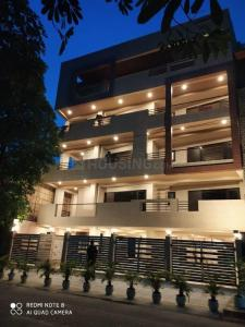 Gallery Cover Image of 3240 Sq.ft 4 BHK Independent Floor for buy in Unitech Nirvana Country, Sector 50 for 22000000