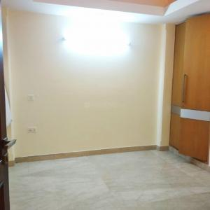 Gallery Cover Image of 2000 Sq.ft 3 BHK Independent Floor for rent in East of Kailash Block D RWA, East Of Kailash for 70000