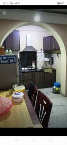 Gallery Cover Image of 700 Sq.ft 2 BHK Apartment for buy in Paschim Putiary for 2500000