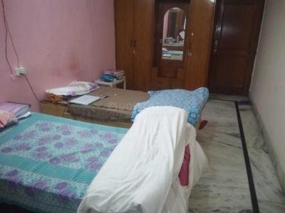Bedroom Image of Gaur Girls PG in Sector 16